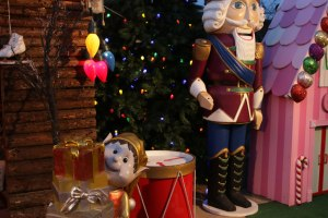 Christmas elf and nutcracker